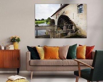 Watermolen aan de rivier de Geul in Gulpen, Noord-Limburg van Ger Beekes
