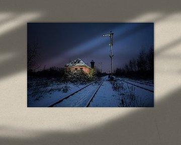 Verlaten seinhuis op desolaat spoorweg emplacement