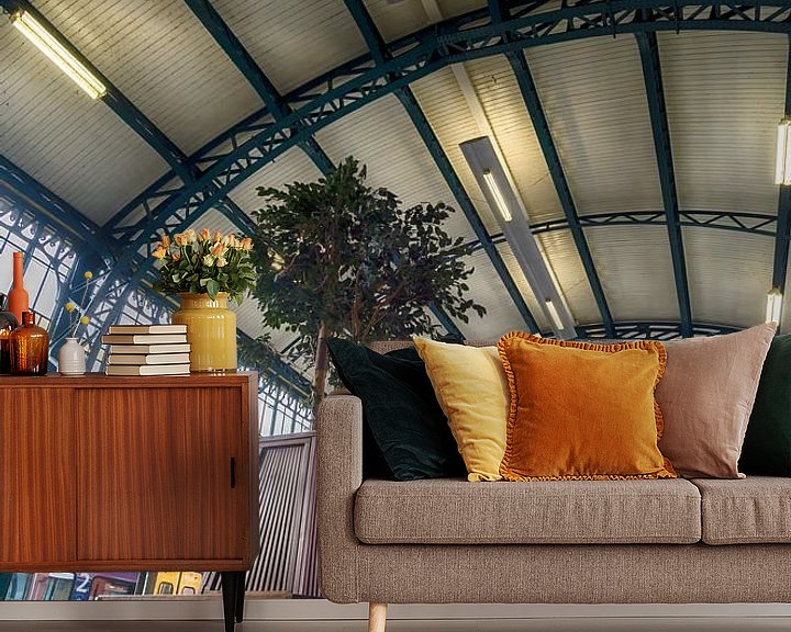 Sfeerimpressie behang: Station 's-Hertogenbosch van Mark Bolijn
