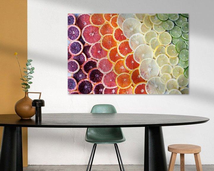 Sfeerimpressie: 12295958 Citrusfruit in regenboogkleuren van BeeldigBeeld Food & Lifestyle