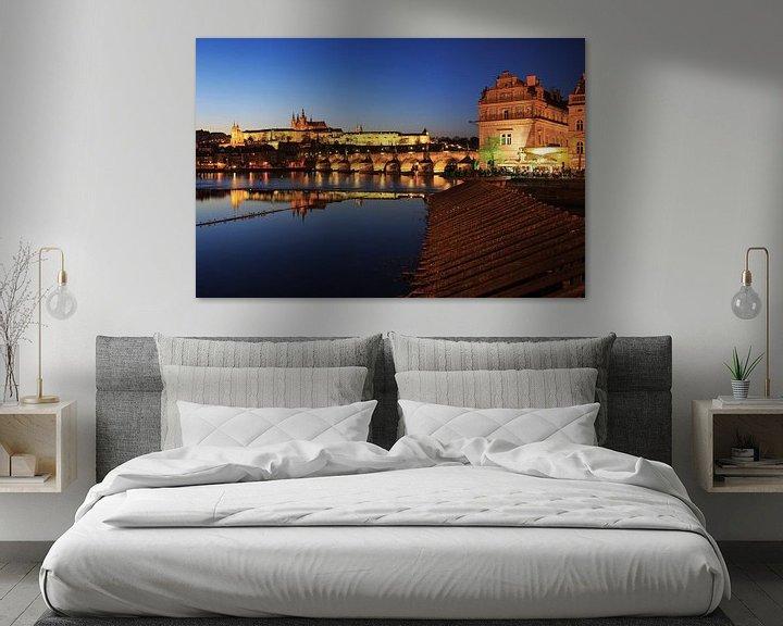 Sfeerimpressie: Praag - Vltava-rivier, Karelsbrug, oude stad en kasteel van Frank Herrmann
