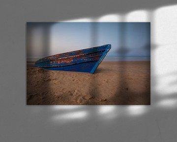 Vieux bateau sur la plage