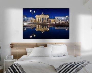 Brandenburger Tor mit Spiegelung von Frank Herrmann