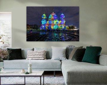 De Berlijnse Dom in speciale verlichting
