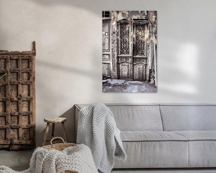Beispiel: Alte weiße Türen von Dick Carlier