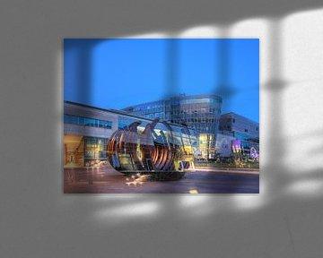Winkelcentrum City Palais op Koenig-Heinrich-Platz in Abendd�mmerung, Duisburg, Ruhrgebied, Noordrij van Torsten Krüger