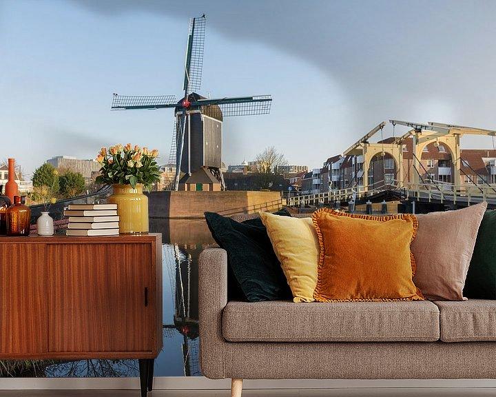 Sfeerimpressie behang: De Rembrandtbrug en Molen De Put in Leiden van Charlene van Koesveld