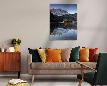 Morgenstimmung am Eibsee mit Spiegelung der Zugspitze