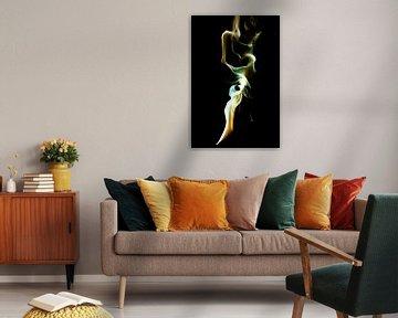 Farbiger Rauch in Beige, Weiß und Smaragdgrün von Gert Hilbink