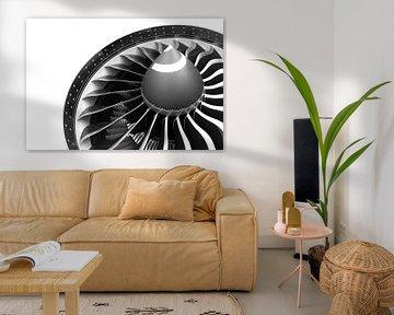 GE 90 motor van een Boeing 777-200LR in zwart wit