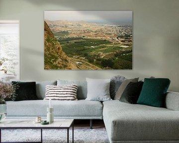 Ein Blick auf das blühende Tal vom Berg der Versuchung in Jericho, einem Ort, an dem der Legende nac von Michael Semenov