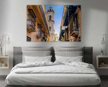 Kirchturm in Havanna, Kuba von Joke Van Eeghem