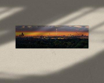 Berlijn Panroama bij zonsopgang van Frank Herrmann