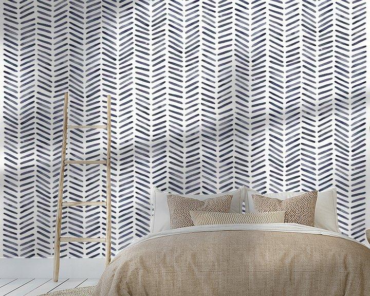 """Sfeerimpressie behang: Visgraat behang """"Winter'' van Natalie Bruns"""