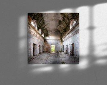 Verlassener leerer Raum. von Roman Robroek