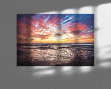 Zonsondergang bij eb op het strand van de Zandmotor in Kijkduin van iPics Photography