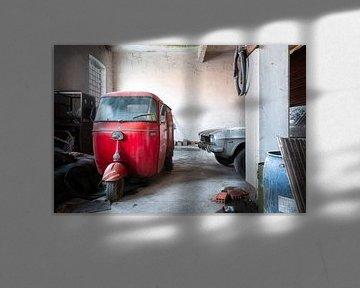 Verlaten Rode Piaggio.