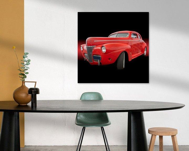 Sfeerimpressie: Futiristische rode auto op een zwarte achtergrond van mike van schoonderwalt