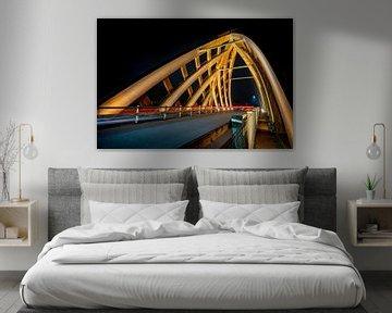 Modernes Holzviadukt von Sneek am Abend von Fotografiecor .nl
