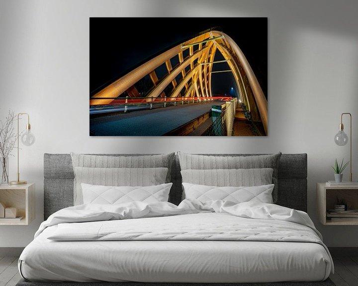 Sfeerimpressie: Moderne houten viaduct van Sneek in de avond van Fotografiecor .nl