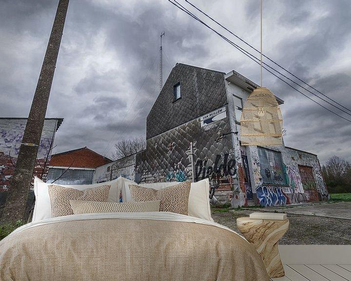Sfeerimpressie behang: Vervallen huis van Mark Bolijn