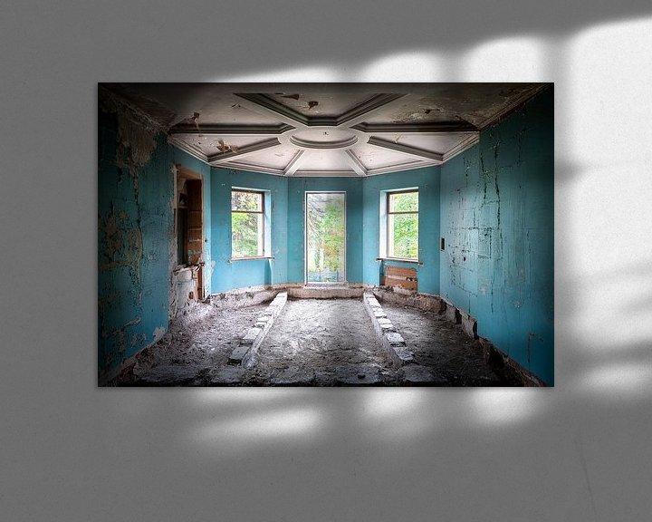 Beispiel: Verlassener blauer Raum. von Roman Robroek