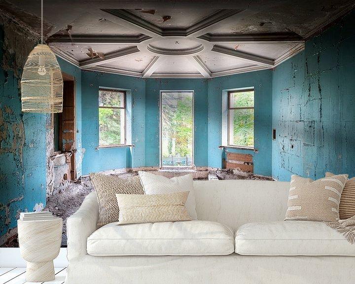 Beispiel fototapete: Verlassener blauer Raum. von Roman Robroek
