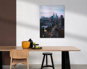 Blue hour in Bowery met Midtown Manhattan op de achtergrond van Michiel Dros