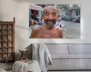 Happy man van Frank Verburg