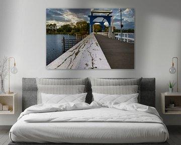 De brug van de 'grote heggen' in Thorn van JM de Jong-Jansen