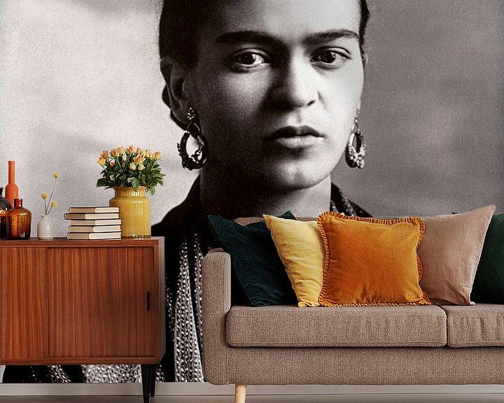 Sfeerimpressie behang: Portret van Frida Kahlo, 1932 (gezien bij vtwonen) van Bridgeman Images