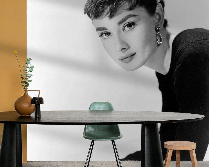 Beispiel fototapete: Audrey Hepburn, Sabrina, 1954 von Bridgeman Images
