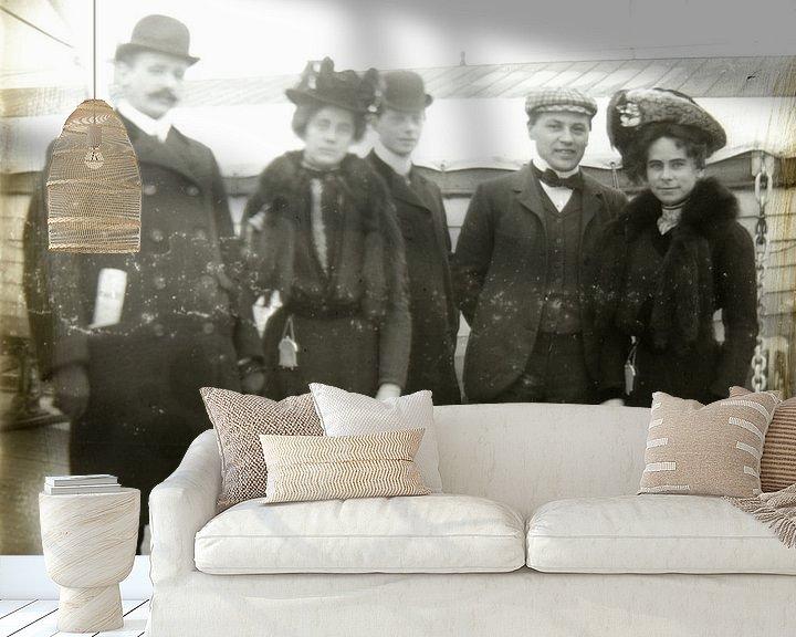 Sfeerimpressie behang: Portret op schip van Liesbeth Govers voor omdewest.com