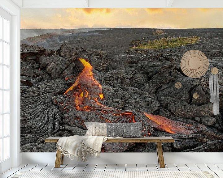 Beispiel fototapete: Vulkangebiet mit rot glühendem Lavastrom auf Hawaii von Ralf Lehmann