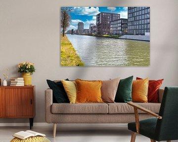 Vue du canal sur la ville de Weert sur JM de Jong-Jansen