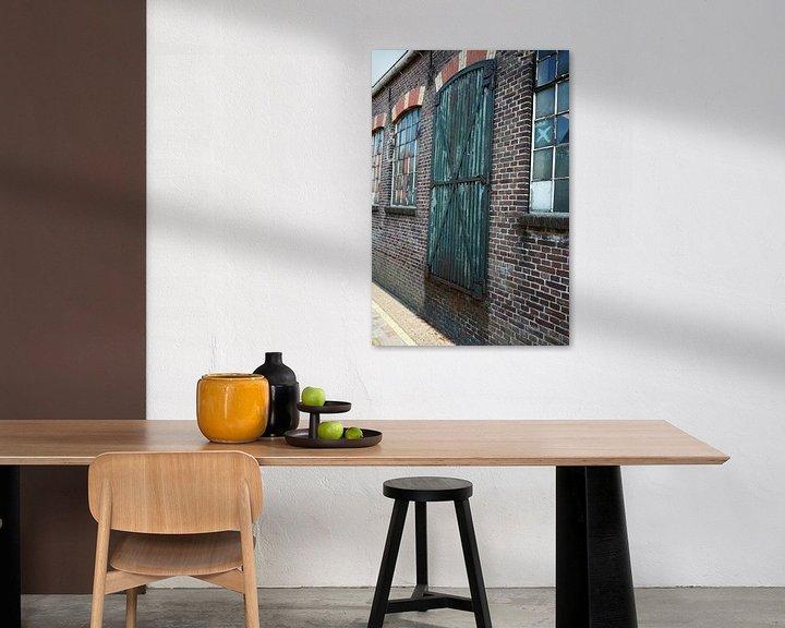 Beispiel: Fenster und Türen eines Lagerhauses von Jeffry Clemens