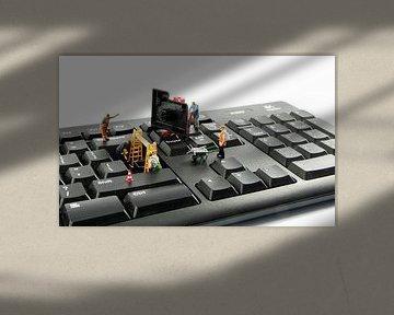 Computer-Reparatur durch kleine Welt