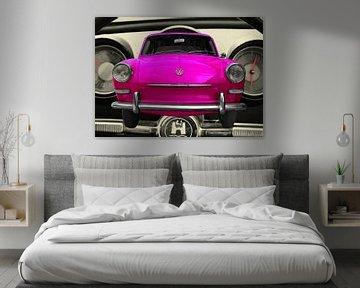 VW 1500 in pink von aRi F. Huber