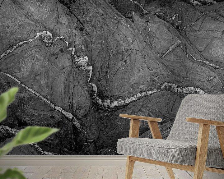 Sfeerimpressie behang: abstract in zwart wit van Anneke Hooijer