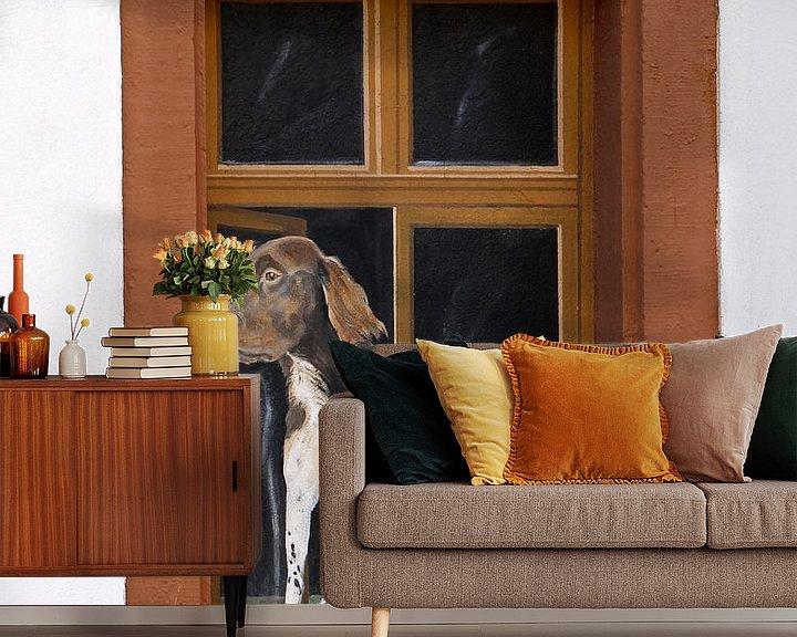 Beispiel fototapete: Fenster mit dem Bild eines nach außen schauenden Hundes von Atelier Liesjes