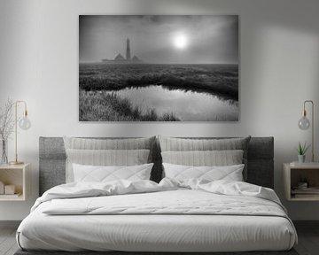 Leuchtturm Westerhever im Nebel von Angelika Stern