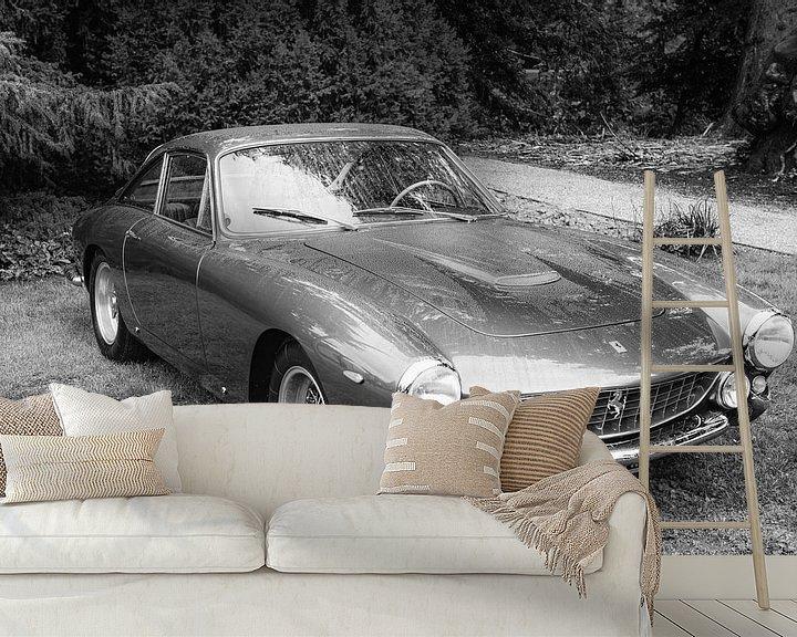Sfeerimpressie behang: Ferrari 250 GT Berlinetta Lusso klassieke Italiaanse GT sportwagen van Sjoerd van der Wal