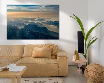 Mist in de dalen rond de Zugspitze van Denis Feiner