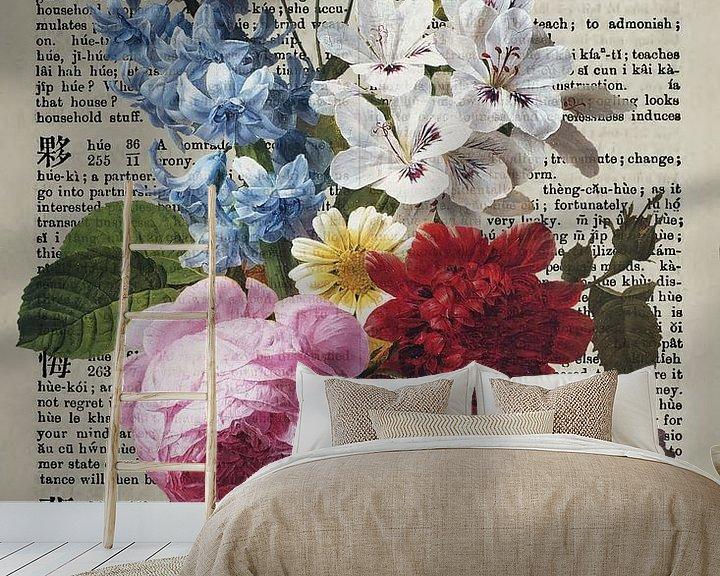 Beispiel fototapete: Antiker Blumenstrauss auf ein altes Wörterbuch gemalt von Roger VDB