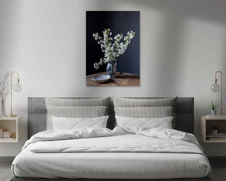 Beispiel: Stilleben mit Kirschblüte auf Holz von Affect Fotografie