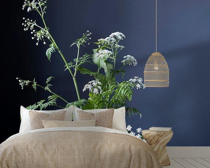 Sfeerimpressie behang: Stilleven met fluitenkruit en tin op hout [verticaal] van Affect Fotografie