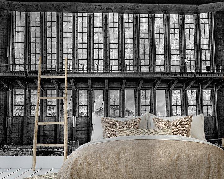 Beispiel fototapete: Landschaft durch die Fenster eines stillgelegten Kraftwerks von Okko Huising - okkofoto