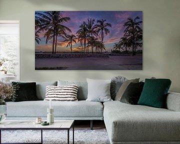 Sunnrise at Ocean Drive Miami Beach von Rene Ladenius Digital Art