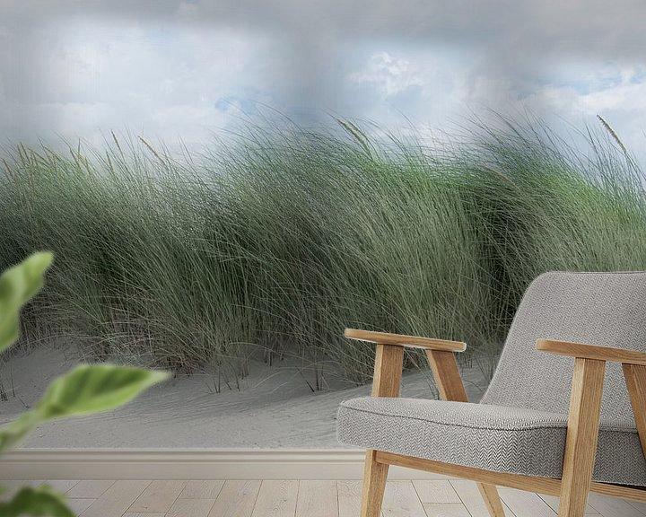 Sfeerimpressie behang: 1182 Swaying dune grass van Adrien Hendrickx