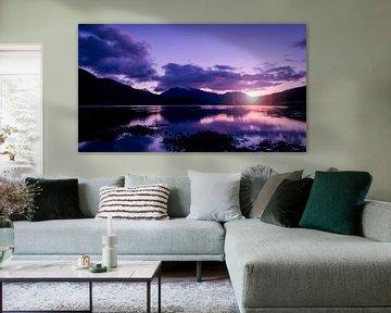 de zonsondergang tussen de bergen in het Schotse hoogland van Studio de Waay